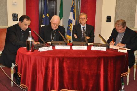 Mons. Nosiglia, il Sindaco Fassino, il Vescovo Miglio e Mons. Pompili